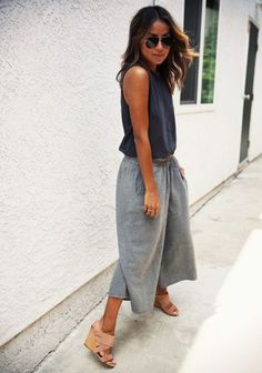 The Top 9 Trends of the Summer: culottes with mules Summer Outfits, Casual Outfits, Fashion Outfits, Womens Fashion, How To Style Culottes, Pantalon Large, Mein Style, Outfit Trends, Inspiration Mode