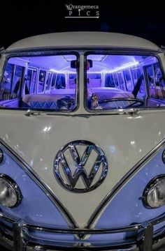 Wolkswagen Van, Van Vw, Caravan Vintage, Vw Vintage, Vintage Caravans, Vintage Travel, Auto Volkswagen, Vw T1, Vintage Volkswagen Bus