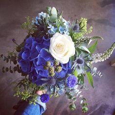 📷😍🌸   Merci  lapetitefleuriste.ducoin  Osez offir de la créativité: www.coleebree.com  #stylistfloral #floral #flower #livraison #fleuriste #fleurs #bouquet #deco #flowerstagram #coleebree  #marketplace #flowerpower #génial @coleebree