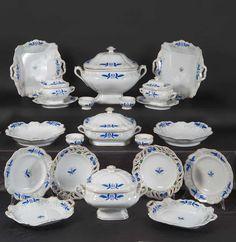 Servizio da tavola, porcellana, Manifattura di Vienna, 1842 circa/ table service, porcelain, Vienna's Manufacture, about 1842, Gorizia, Palazzo Coronini Cronberg, inv. 616
