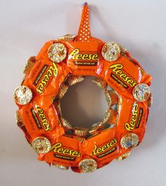 Reese's Peanut Butter Cup Wreath - Snack Size, Minis, Chocolate, Candy, Gift, Party Decoration on Etsy, $30.00