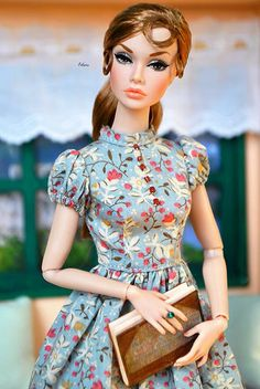 Fashion Royalty Dolls, Fashion Dolls, Fashion Dresses, Barbie Dress, Barbie Clothes, Beautiful Barbie Dolls, Barbie Accessories, Barbie Collection, Chic Outfits