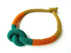 Crochet knot necklace The interior is filled with fabric. Made of: Cotton thread, fabric. Total length: 45 cm.