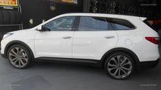"""Hyundai Santa Fé 2017 com rodas Presenza  aro 22""""   e pneus LingLong 265/35/22 foto 4"""