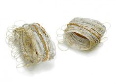 Sayumi Yokouchi's Uncommon Urban Jewelry Urban Jewelry, Jewelry Art, Fashion Jewelry, Jewelry Design, Circle Drawing, Wire Crochet, Textiles, Geometric Jewelry, American Crafts
