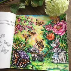 "254 Likes, 11 Comments - EliFederzoni (@eli_federzoni) on Instagram: ""#magicaljungle #magicaljunglecoloringbook #coloringbook"""