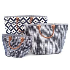 Fresh American | Fresh American Le Tote Navy/Ivory Tote Bag Grand | Snappy style is in the bag! Our sweetly smart yet rough-and-tumble tote bags—made of durable polypropylene with leather handles—are an easy way to add pizazz to your favorite outfit. Available in three patterns and sizes.