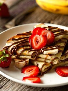 pancake with strawberry and chocolate❤️❤️