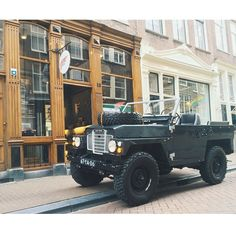 unmodernman:  Land Rover Lightweight.