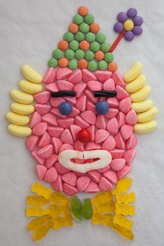 un clown en bonbons Circus Birthday, Boy Birthday, Birthday Parties, Clown Party, Circus Party, Party Fair, Clown Crafts, Clown Cake, Candy Cakes