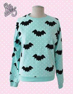 Hello Cavities Twinkle Twinkle Bat Sweatshirt in MINT by hellocavities on Etsy Pastel Goth Fashion, Kawaii Fashion, Cute Fashion, Gothic Fashion, Pastel Goth Style, Sweater Weather, Pastell Goth Outfits, Capsule Wardrobe, Creepy Cute