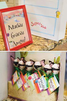 Lollipops decorated like Skippyjon Jones, so cute!