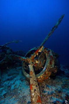 Abandoned underwater prop
