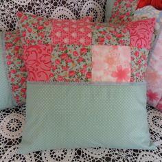 Housse de coussin en patchwork, très romantique, pastel, coton et dentelle