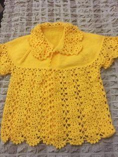 Hand crochet/crocheted dress for your special little girl. This dress also has a pearl button closure on the neckline, and This Pin was discovered by Pet This Pin was discovered by HUZ Another of those simply beauti Crochet Girls, Crochet For Kids, Hand Crochet, Knitting For Kids, Baby Knitting Patterns, Crochet Patterns, Crochet Blouse, Summer Baby, Summer Vest