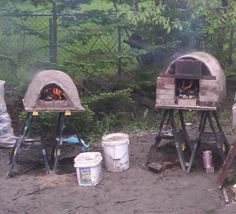 Mmm....backyard brick oven pizza....
