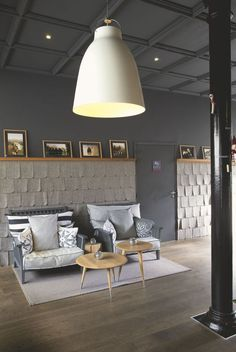 Scandinavian spirit Faucigny, branch of Héliopic: blond wood, fifties lines, felt roof, gray tones and fluffy, like a Edelweiss