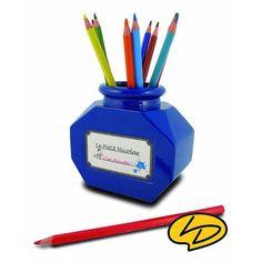 Replongez-vous dans le monde merveilleux de l'enfance grâce à ce pot à crayons du Petit Nicolas, disponible sur www.rennandesign.com