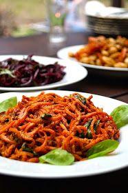 spagetti z marchwi Raw Vegan Recipes, Vegan Dinner Recipes, Vegan Food, Fruits And Vegetables, Pesto, Clean Eating, Vegetarian, Nutrition, Lunch