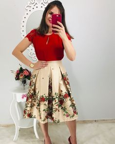 Swans Style is the top online fashion store for women. Shop sexy club dresses, jeans, shoes, bodysuits, skirts and more. Modest Church Outfits, Modest Dresses, Jw Moda, Modest Fashion, Fashion Dresses, Dress Skirt, Skirt Outfits, Wonder Woman Outfit, Stylish Outfits