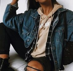 trendy outfits for summer . trendy outfits for school . trendy outfits for women . Fashion Mode, Look Fashion, Teen Fashion, Fashion Outfits, Denim Fashion, Womens Fashion, Fashion Styles, Fashion Fashion, Fashion Lookbook