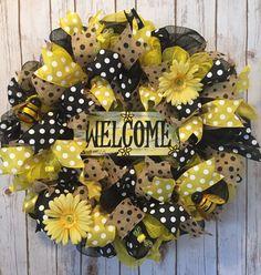 Bumble bee wreath summer front door wreath bee by WandNDesigns