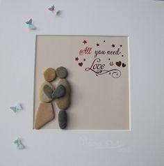 """Stein Bild  """"All you need is love"""" Kiesel Art Pebble Art Geschenk Ruhestand Geburtstag Hochzeit Verlobung - Personalisierbar von StoneArt2015 auf Etsy"""