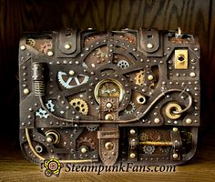 Stunning, gorgeous, beautiful, pick any word you'd like because they all apply to this 1 of 1 Steampunk Bag.  This bag was meticulously made by hand by Paola from JTS, making it a true work of art. There will never be another one exactly like it.  Wear it to the mall, a social outing, or wherever you'd like and you will almost certainly have people asking you where you got it. But more importantly, you'll have an amazing bag to add to your style.      Hours of work by hand for an amazing…