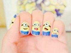 Un diseño infantil de los mininos que resalta tus manos :)