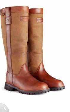 Hunter These actually look identical to my ariat muck boots.