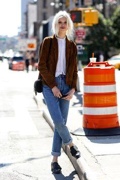 www.noconcept.be Street Style Nubuck jacket Denim pants Vintage White hair Model New york