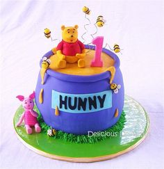 Gallery For > Winnie The Pooh Hunny Pot Cake
