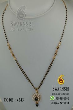 Gold bijou would be the epitome the session and then we have a very wide array of good jewellery pieces. Jewelry Design Earrings, Gold Earrings Designs, Bead Jewellery, Gold Jewelry, Beaded Jewelry, Bridal Jewelry, Long Pearl Necklaces, Gold Necklace, Gold Mangalsutra Designs