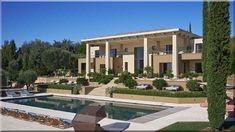 Modern kertek képekben Mediterrán kertek Fenntartható kert Szintek a kertben (Luxusházak, lakások)