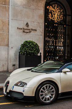 Four Seasons Hotel George V - Paris-