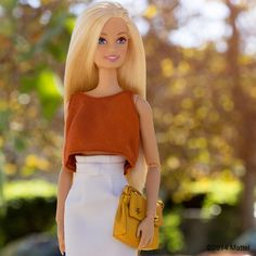I've been waiting to wear this top until it was officially fall. This look is clearly inspired by the color of the changing leaves! #barbie #barbiestyle