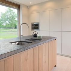Kitchen Dinning Room, Kitchen Decor, Kitchen Interior, Interior Design Living Room, Kitchen Pantry, Kitchen Sinks, Beautiful Kitchens, Home Kitchens, Decoration