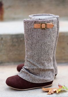 Joyfolie: The pull-on Hadley boots ($82) are made of speckled tweed and chocolate suede and are finished with a camel-colored belted strap. They come with a matching hair clip.