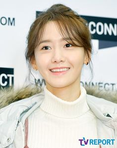 SNSD YoonA met fans through H:Connect's event