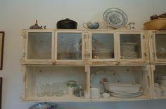 Cozinha Rustica feita de caixotes de feira - Casa e Reforma