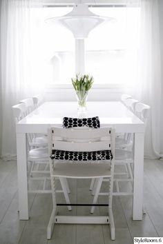 597150-keittiönpöytä.jpg 533×800 pixels