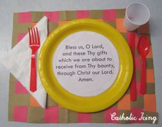 Grace before meals craft for kids. Catholic dinner prayer download for free!
