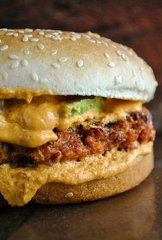 The best spicy vegan Tex-Mex burgers ( video). VeganSandra - tasty, cheap and easy vegan recipes by Sandra Vungi: The best spicy vegan Tex-Mex burgers. Tasty, cheap and easy vegan recipes by Sandra Vungi Healthy Diet Recipes, Vegan Foods, Vegan Dishes, Veggie Recipes, Whole Food Recipes, Cooking Recipes, Cheap Vegan Recipes, Vegan Burger Recipe Easy, Cooking Kale