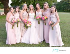 Favorite Wedding Photography Pics, Soft pink and champagne bridesmaids dresses, Wedding Ceremony under an Oak tree, White Oaks Ranch, Pilot Point, J May Photography