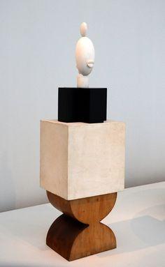 Brancusi (Chicago) Sculpture Painting, Wood Sculpture, Contemporary Sculpture, Contemporary Art, Brancusi Sculpture, Op Art, Art Nouveau, Art Articles, Spray Paint Art