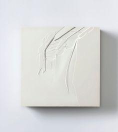 Sarah Bostwick    Awning - 2010    Hydrocal and wood    25,5 x 25,5 x 6 cm    Meessen de Clercq, Brussels