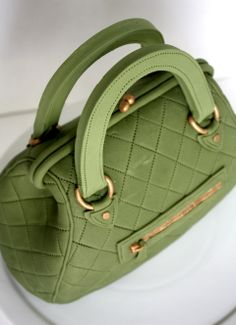 Designer Handbag Cake by Very Unique Cakes (www.