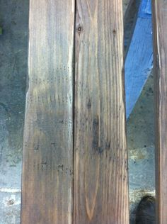 How to Oxidize Wood for Projects by DIY Ready at http://diyready.com/how-to-make-wood-look-old/