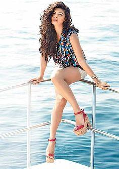 Jacqueline Fernandez Hot Unseen bikini Pictures (5)
