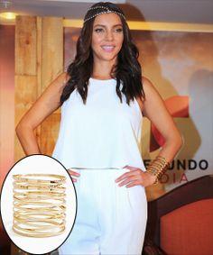 SARA MALDONADO  Dale un toque moderno a cualquier atuendo con una pulsera tipo cuff como esta que lució la actriz mexicana. Conseguimos esta...